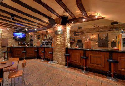Alcabor – Café – Bar – Museo